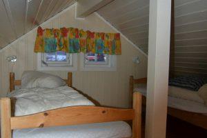 smöla-smola-smoela-betten-rorbuer-angelreisen-norwegen-wohnung1+2 (14)